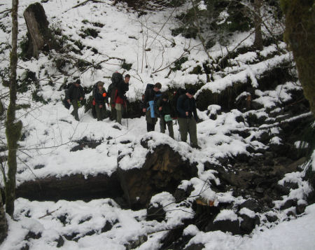 hike-in-snow