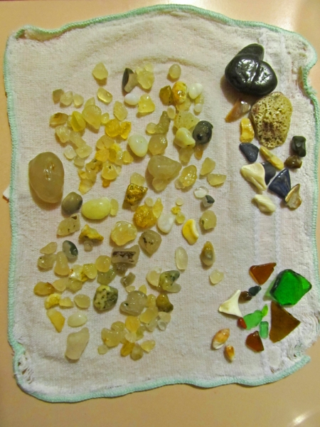 Anns haul on Agates_hear shaped rocks and sea glass