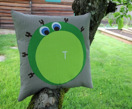 T Cell Pillow