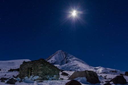Moon over Cooper Spur