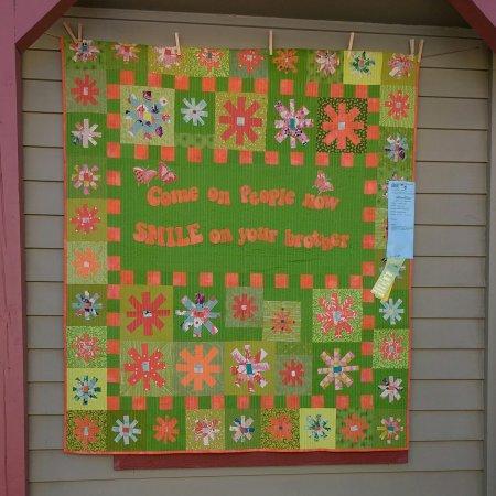 Sisters Outdoor Quilt Show Runandsewquiltss Weblog